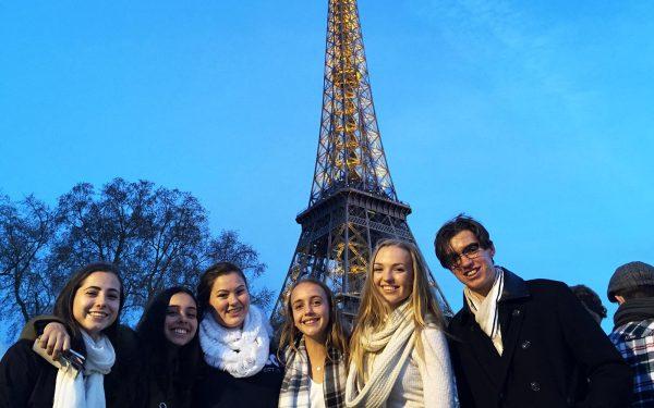 Tour Paris in French La Tour Eiffel Language Experience French Tour