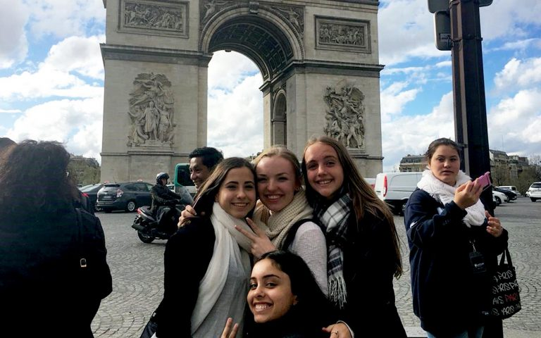 Tour Pairs in French French Tour Language Experience